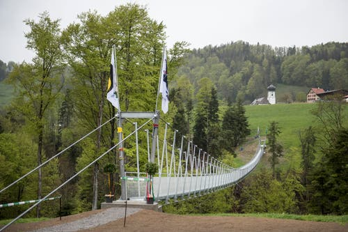 Die Mattenbachbrücke ist 180 Meter lang. (Bilder: Adriana Ortiz Cardozo)
