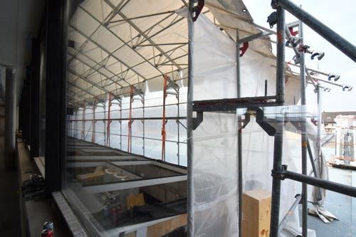 2. Obergeschoss. Das Oberlicht des Rolltreppenbereichs und verdeckt die Dachterrasse.