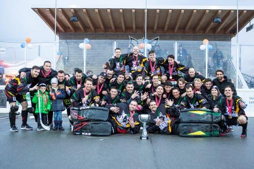 Die Oberwil Rebells gewinnen im Cup-Final gegen den SHC Grenchen-Limpachtal. (Bilder: Patrick Huerlimann, Zug, 27. April 2019)