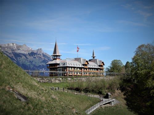 Das wunderschöne Jugendstil-Hotel Paxmontana auf dem Flüeli wird uns hoffentlich in dieser Art noch einzige Zeit erhalten bleiben. (Bild: Margrith Imhof-Röthlin, Flüeli-Ranft, 25. April 2019)