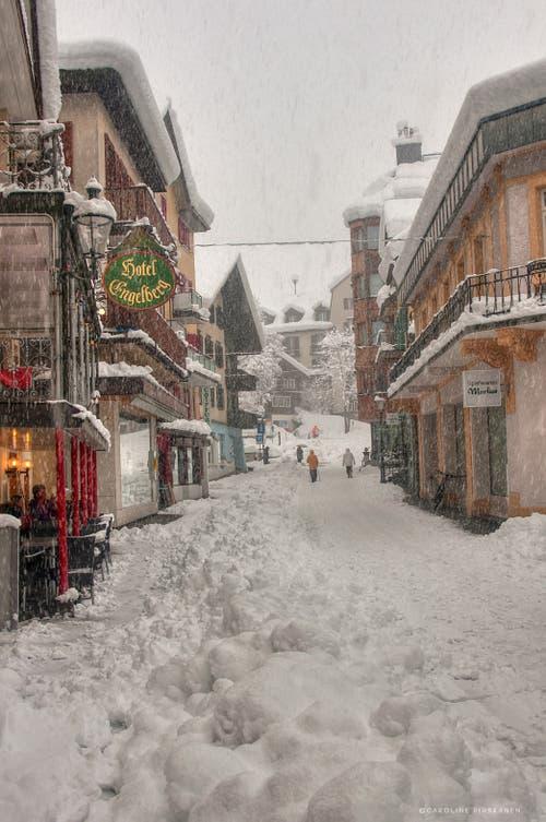 Engelberg am 4. April 2019: Der Winter kehrt zurück! (Bild: Caroline Pirskanen)