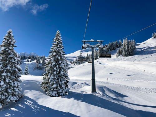 Noch einmal ist richtig Winter auf dem Fronalpstock. (Bild: Markus Brülhart, Stoos, 5. April 2019)