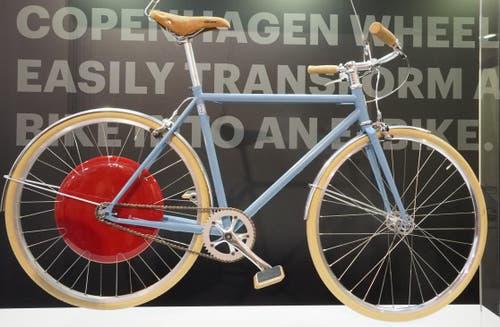 Der ganze Antrieb ist im Hinterrad verpackt: Das Copenhagen Wheel als elektrische Nachrüstsatz.
