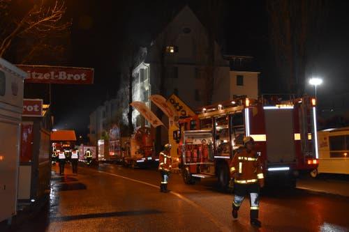 Im Einsatz standen die Berufsfeuerwehr und die Milizfeuerwehr St.Gallen. Sie konnten den Brand rasch unter Kontrolle bringen und löschen. (Bild: Kapo SG - 9. April 2018)