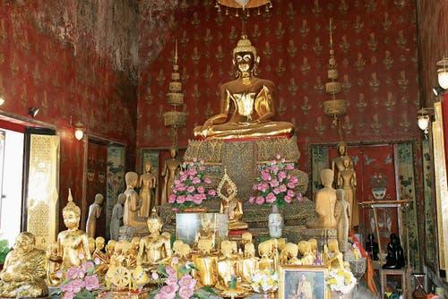 Eine Besonderheit: ein Tempel mit weiblichen Buddhafiguren.