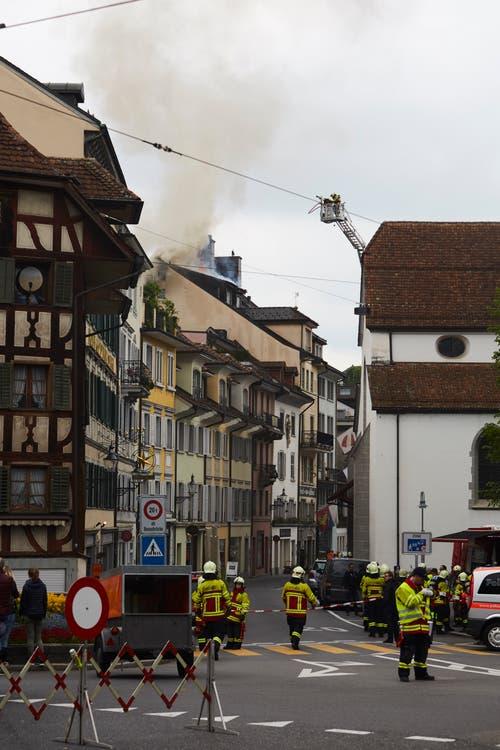 Die Kleinstadt ist grossräumig abgesperrt. (Bild: Jakob Ineichen, 2. Mai 2018)