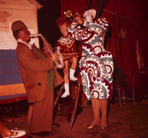 Pio wird als Clown, der über das Hochseil tanzt, berühmt. (Bild: ETH-Bibliothek Zürich/ Comet Photo)
