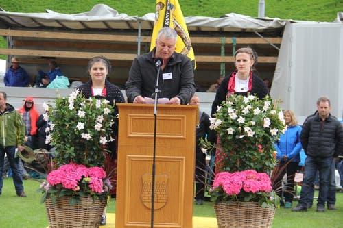 OK-Präsident Hansueli Gisler bei der Festansprache. (Bild: Paul Gwerder, Bürglen, 12. Mai 2019)