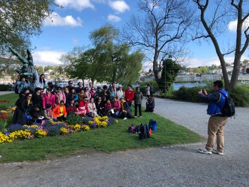 Erinnerungsfoto auf dem Inseli. (Bild: Janick Wetterwald, Luzern, 13. Mai 2019)