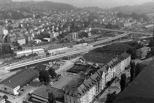 Der Autobahnanschluss St.Fiden mit der neuen Splügenbrücke im Bau.