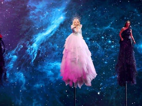 Australien hat sich am Dienstag in Tel Aviv mit einer spektakulären Bühnenshow für das Finale des Eurovision Song Contest am kommenden Samstag qualifiziert. (Bild: KEYSTONE/EPA/ABIR SULTAN)
