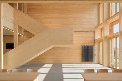 Der Neubau wurde grösstenteils mit Holz realisiert.