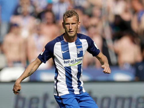 Fabian Lustenberger bestreitet heute Samstag seine letzte Partie für Hertha Berlin (Bild: KEYSTONE/AP/MICHAEL SOHN)