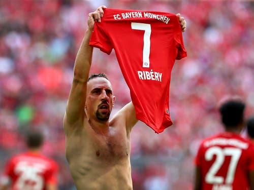 Franck Ribéry verabschiedete sich wie Arjen Robben mit einem Treffer vom Münchner Publikum (Bild: Keystone/AP/Matthias Schrader)