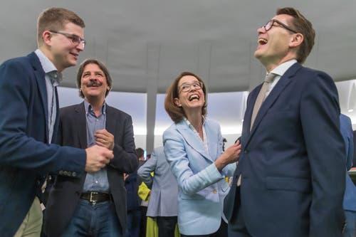 Beni Würth mit Susanne Vincenz-Stauffacher, Mike Egger (ganz links) und Paul Rechsteiner. Bild: Michel Canonica