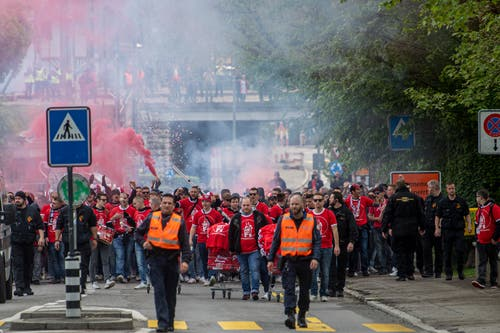 Auch die Thuner marschieren durch Bern. (Bild: Marcel Bieri/Keystone, 19. Mai 2019)