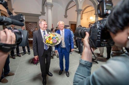 Die gewählten Regierungsräte Marcel Schwerzmann, links, und Paul Winiker, rechts. (Bild: KEYSTONE/Urs Flueeler)
