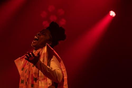 Rokia Kone singt in Stans. (Bild: Urs Flüeler / Keystone, Stans, 1. Mai 2019)