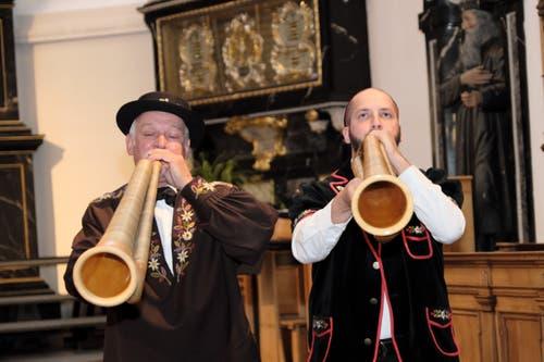 Das Büchelduo Gräfimatt spielte eine Melodie über die Freude am Leben. (Bild: Richard Greuter, Stans, 19. Mai 2019)