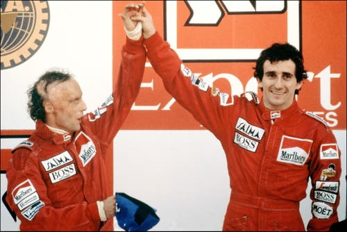 Lauda und Alain Prost. (Bild: Gabriel Duval/Keystone)