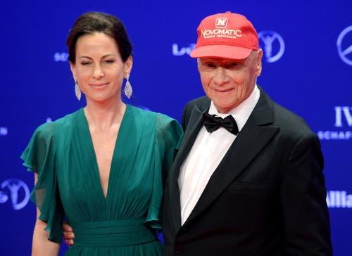 Lauda mit Ehefrau Birgit an den Laureus Sport Awards in Berlin 2016. (Bild: Rainer Jensen/Keystone)