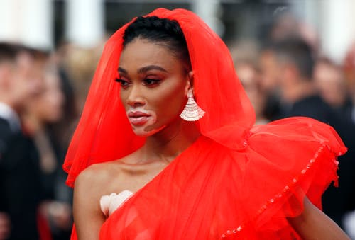 Model Winnie Harlow. > Filmpremiere «Once Upon A Time... In Hollywood» (Bild: EPA/IAN LANGSDON)