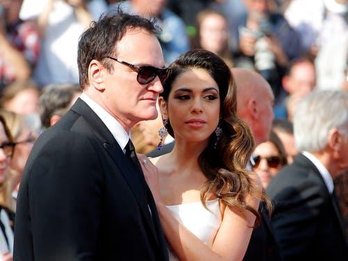 Regisseur Quentin Tarantino mit seiner Frau, der israelischen Sängerin Daniella Pick. > Filmpremiere « Once Upon A Time... In Hollywood» (Bild: EPA/JULIEN WARNAND)