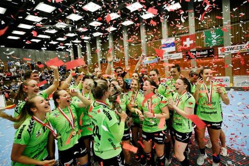 Der LC Brühl feiert den Schweizermeister-Titel. (Bild: Stefan Kaiser, Zug, 22. Mai 2019)