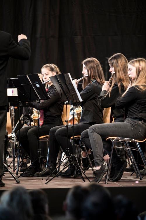 Die Jugendmusik Hochdorf JBO Oberseetal bei ihrem Auftritt in der MZH. (Bild: Manuela Jans-Koch, Altishofen, 25. Mai 2019)