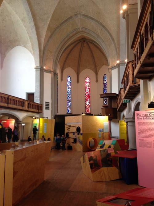 Die Entdeckung der Welt in der alten Kirche St.Leonhard in St.Gallen. Die Gallusstadt ist die fünfte von sieben Stationen der nationalen Ausstellung. (Bild: Reto Voneschen)