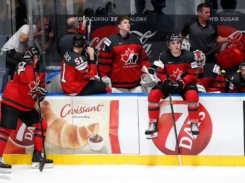 Bitter enttäuschte Kanadier nach der 1:3-Niederlage im WM-Final gegen Finnland (Bild: KEYSTONE/AP/PETR DAVID JOSEK)