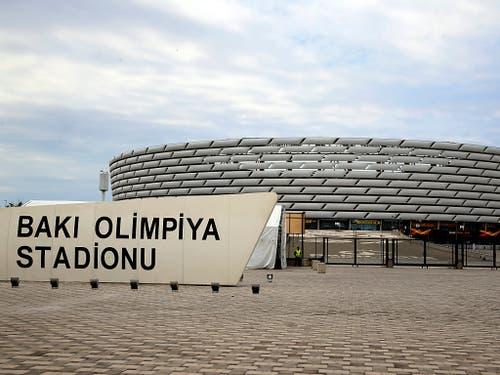 Umstrittener Final-Austragungsort: das Olympia-Stadion in Baku (Bild: KEYSTONE/AP/DARKO BANDIC)