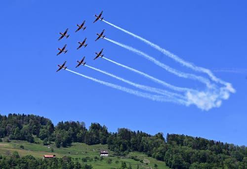 Die Flugshow mit dem PC-7 Team der Schweizer Luftwaffe. (Bild: Romano Cuonz, 31. Mai 2019)