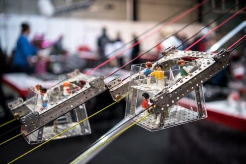 Inspiration für Stokys-Konstruktion finden sich überall. Hier etwa stand die Cabrio-Seilbahn des Stanserhorns Modell. (Bild: Pius Amrein, Luzern, 3. Mai 2019)