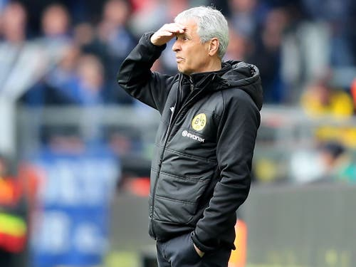 Lucien Favre hat die Derby-Niederlage gegen Schalke verdaut und blickt wieder Richtung Meistertitel (Bild: KEYSTONE/EPA/FRIEDEMANN VOGEL)