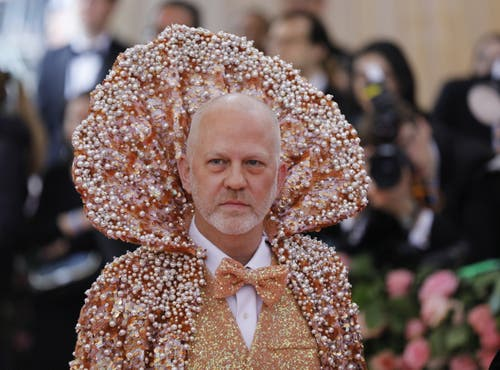 Ryan Murphy an der Met Gala in New York. (Bild: KEYSTONE/EPA/JUSTIN LANE)