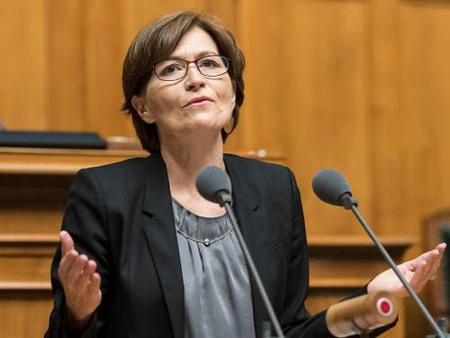 «Ungeheuerliche Frechheit»: Grünen-Präsidentin Regula Rytz kämpft im Nationalrat für die Rechte der Versicherten. (Bild: KEYSTONE/ALESSANDRO DELLA VALLE)