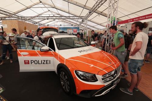 Das Polizeiauto der Kapo Nidwalden (Bild: Roger Zbinden, 1. Juni 2019)