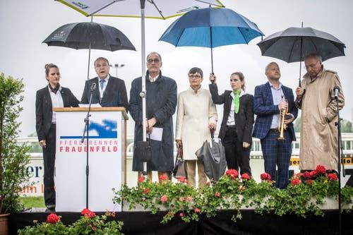 Pfingstrennen 2019 auf der Pferderennbahn in Frauenfeld: Zum Festakt für das 100-Jahr-Jubiläum des Rennvereins Frauenfeld war auch Bundesrat Guy Parmelin geladen. (Bilder: Reto Martin)