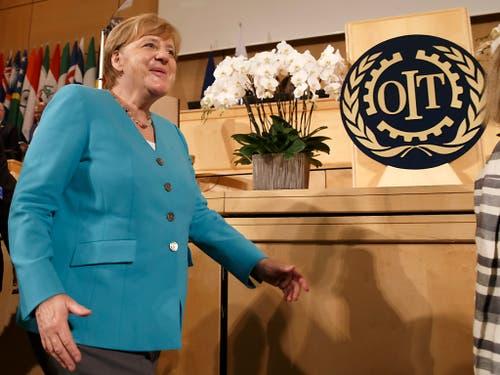 Wirtschaft soll dem Menschen dienen: Die deutsche Kanzlerin Angela Merkel nach ihrer Ansprache an der 100. ILO-Versammlung in Genf. (Bild: KEYSTONE/SALVATORE DI NOLFI)