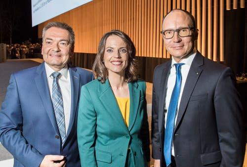 Bankratspräsident René Bock, Moderatorin Mona Vetsch und der neue TKB-Chef Thomas Koller an der Partizipanten-Versammlung 2019 in der Bodensee-Arena in Kreuzlingen. (Bilder: Reto Martin)