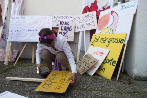 Frauen streiken am nationalen Frauenstreik am Freitag, 14. Juni 2019, in Luzern. (Bild: Boris Bürgisser)