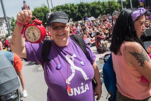 Die Zeit ist reif – Frauen streiken am nationalen Frauenstreik am Freitag, 14. Juni 2019, in Luzern. (Bild: Boris Bürgisser)