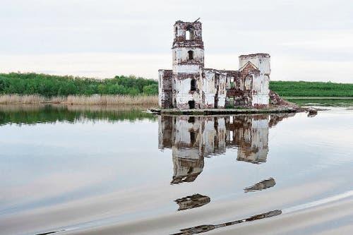 Mündung der Scheksna in den Weissen See: Auch hier wurden riesige Waldgebiete geflutet.