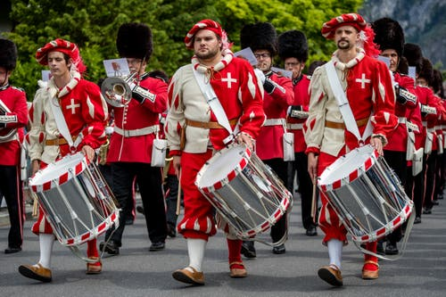 Die Stadtmusik Sursee bei der Parademusik. (Bild: Philipp Schmidli, Hergiswil, 15. Juni 2019)