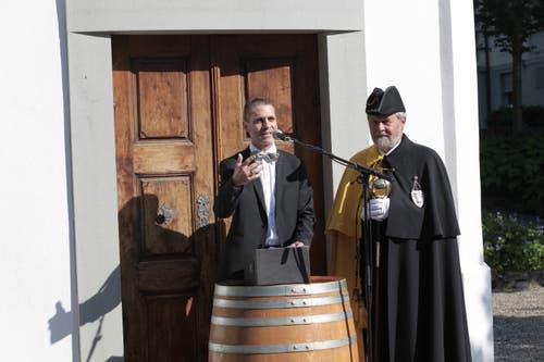 Pascal Blöchlinger bei seiner Rede vor dem Suworov-Haus. (Bild: Florian Arnold, 19. Juni 2019)