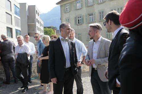 Pascal Blöchlinger im Gespräch mit Gästen. (Bild: Florian Arnold, 19. Juni 2019)