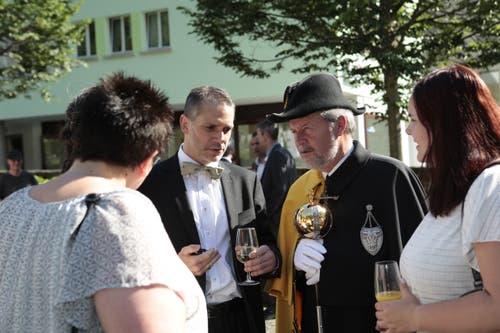 Pascal Blöchlinger neben Kantonsweibel Karl Kempf. (Bild: Florian Arnold, 19. Juni 2019)