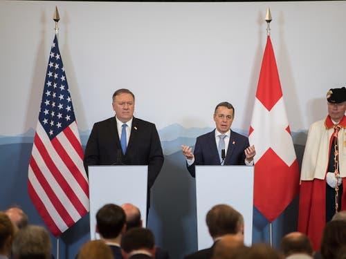 US-Aussenminister Mike Pompeo (links) mit Bundesrat Ignazio Cassis in Bellinzona. (Bild: KEYSTONE/EPA KEYSTONE / TI-PRESS/SAMUEL GOLAY)