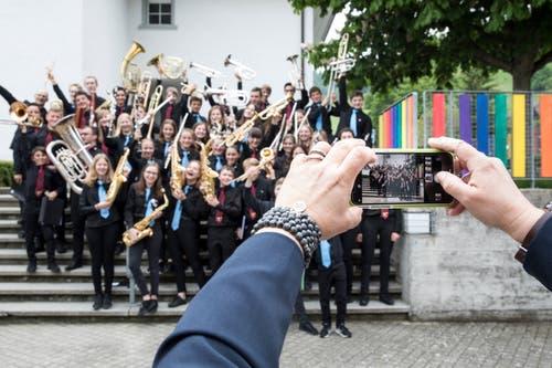 Die Jugendmusik Hochdorf JBO Oberseetal nach dem Auftritt am 25. Mai am Jugendmusiktag in Altishofen. (Bild: Manuela Jans-Koch)